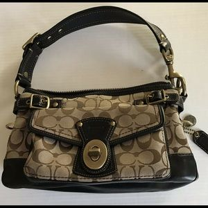 Coach handbag signature bag